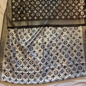Authentic Louis Vuitton Scarf black